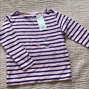Uniqlo shirt size 3-4T